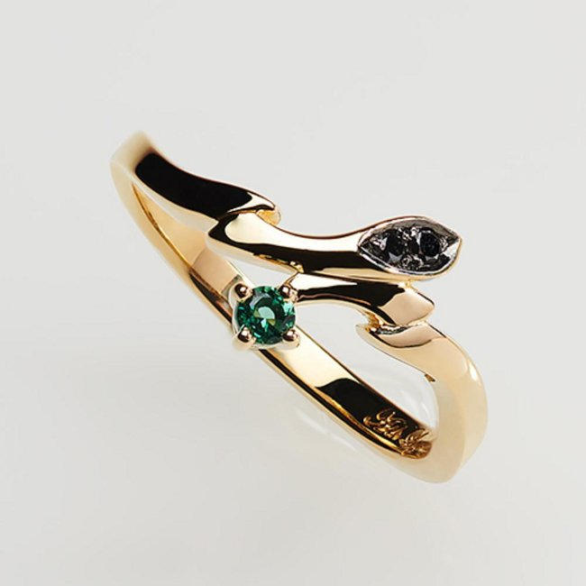 Statue and ring style - Ash Lynx (gold ring ~Only one rose~) Japanese size 11.