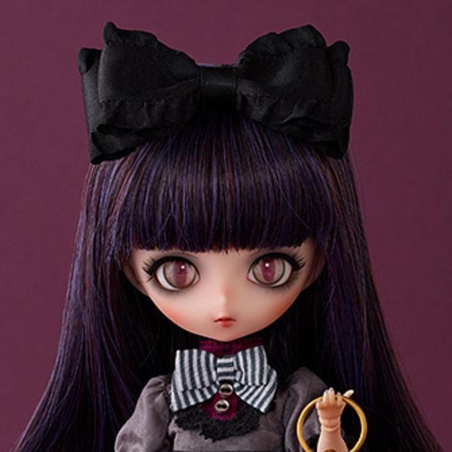 Harmonia bloom Seasonal Doll Dorothy